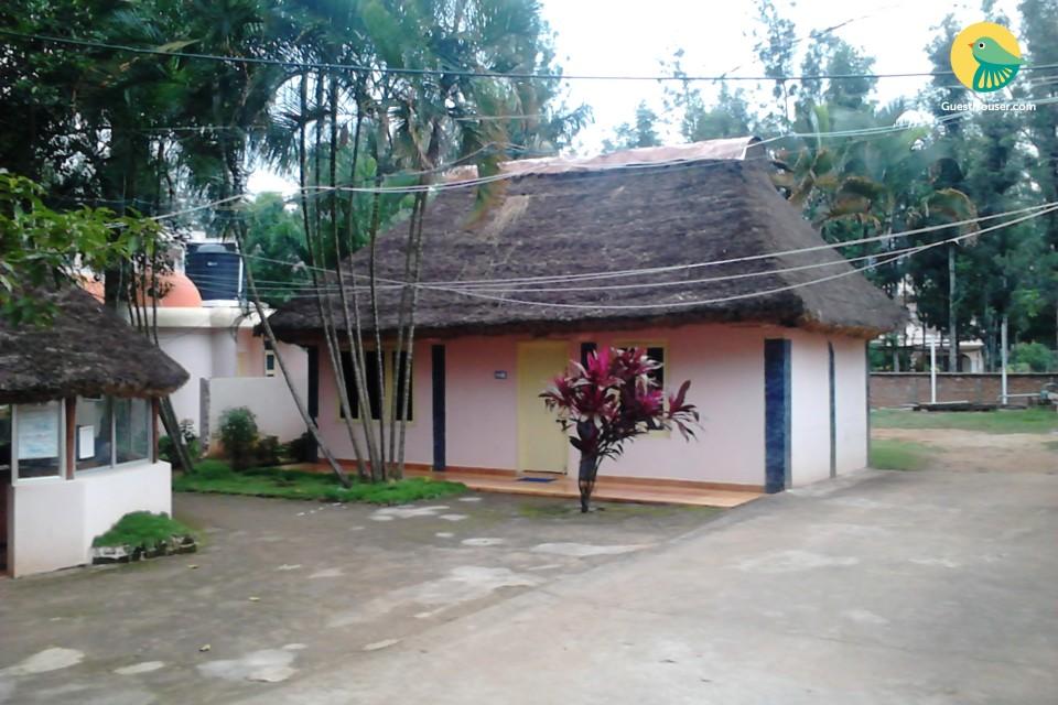 1 Bedroom Cottage in Yelagiri