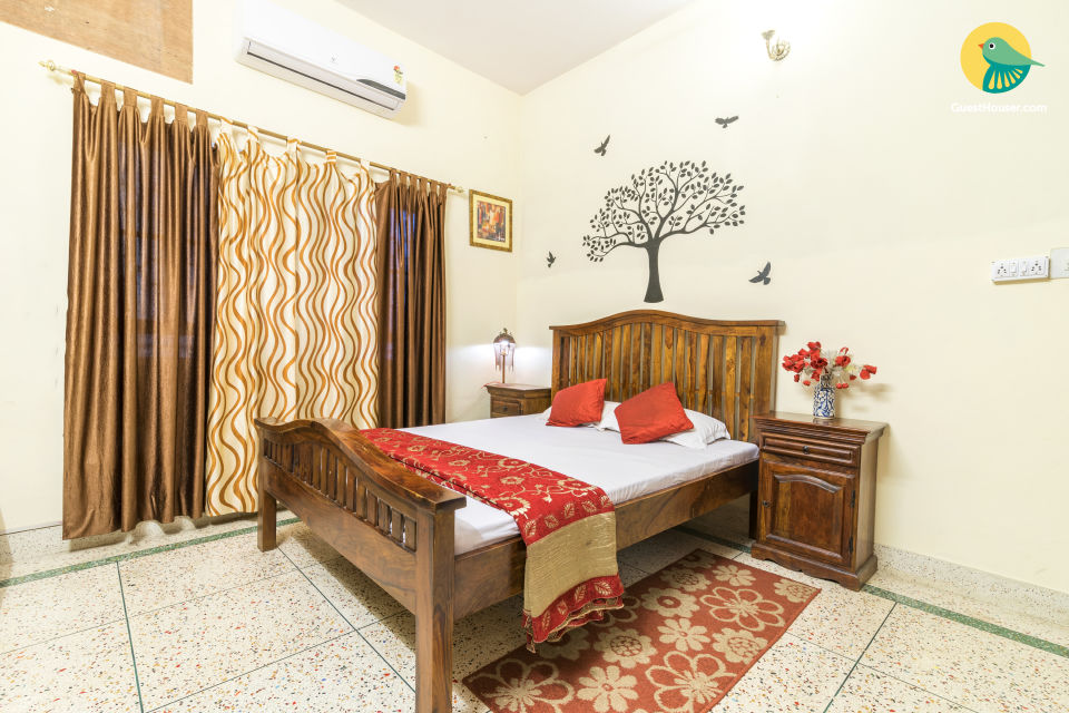 Well-appointed homestay for small groups