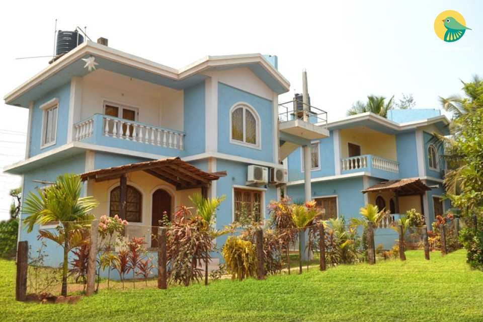 Peaceful stay for 4, 900 m from Morjim beach