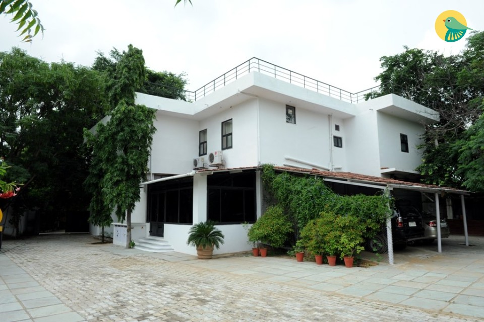 Homestay room in a tranquil 8-acre estate