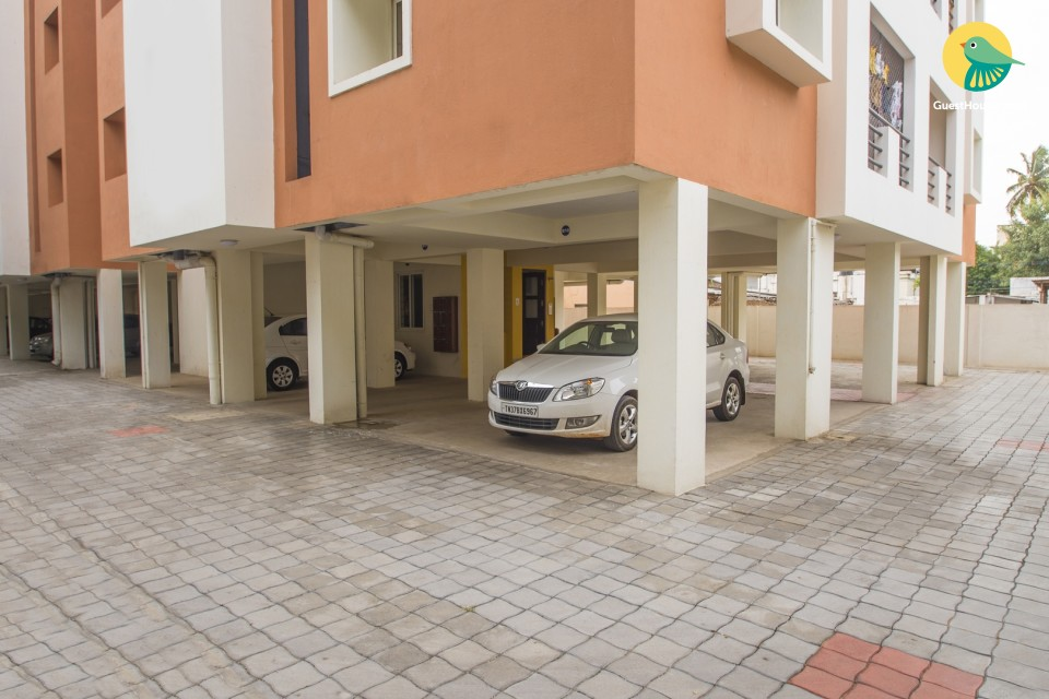 2 BHK apartment near airport