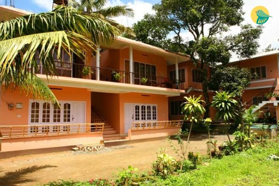 6-BR homestay amidst lush greens