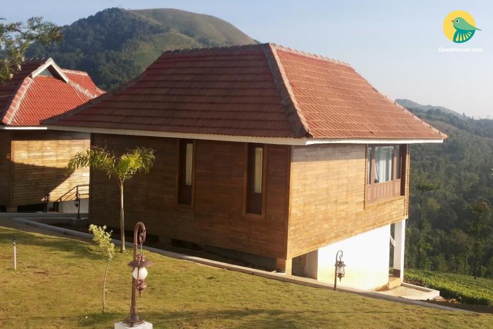 Luxurious Cottage on Sprawling Tea Gardens