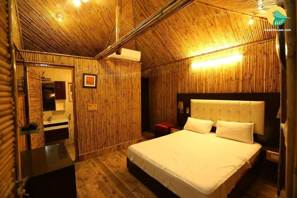Private stay near Bara Imambara