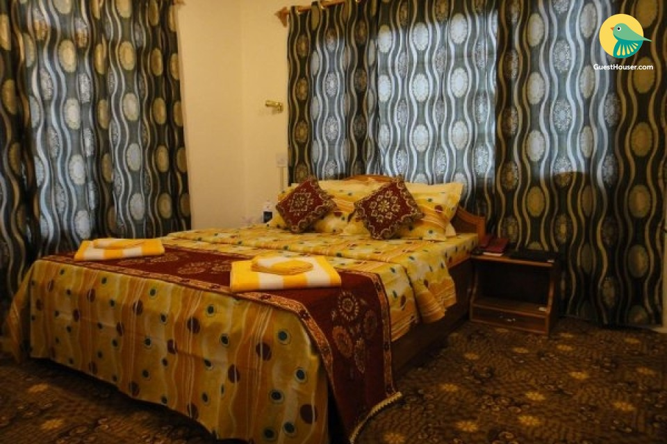 Boutique stay in Nishat