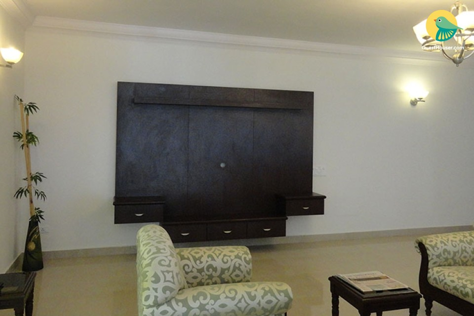 A 4 Bedroom Furnished House