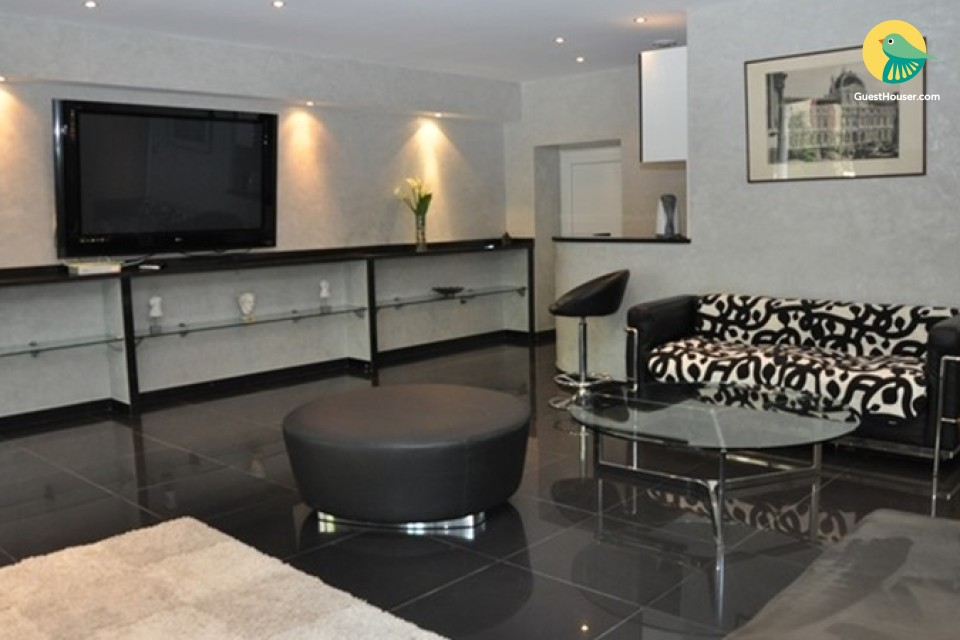 A well furnished one bedroom apartment