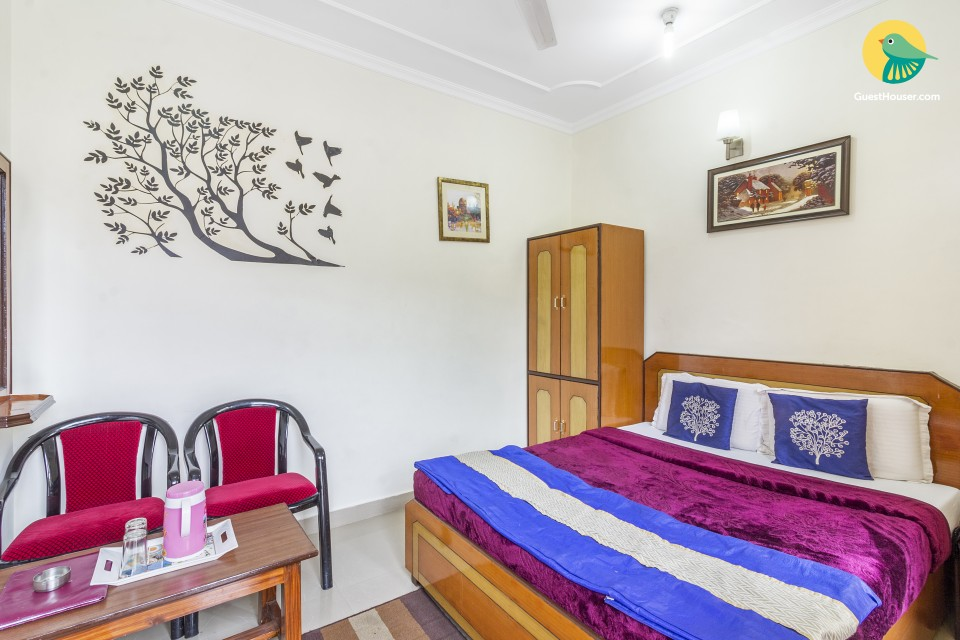Homely accommodation for 2 for a tranquil vacation