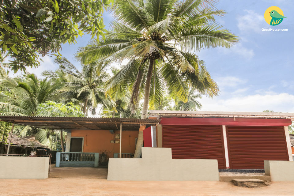 Cosy room for backpackers, close to Baga Beach