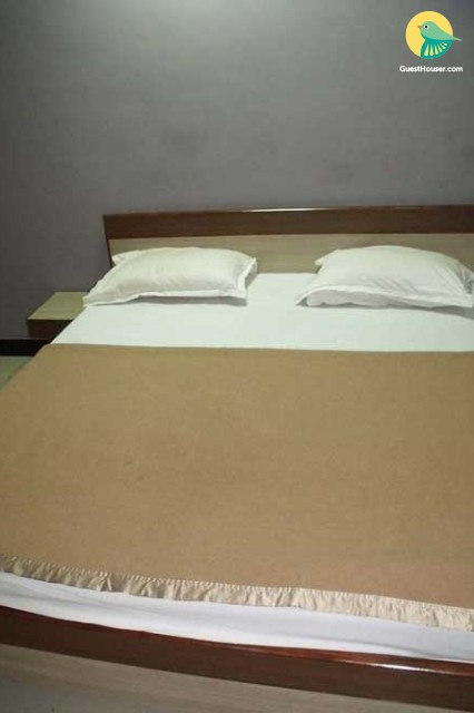 Comfortable rooms for stay in Somnath