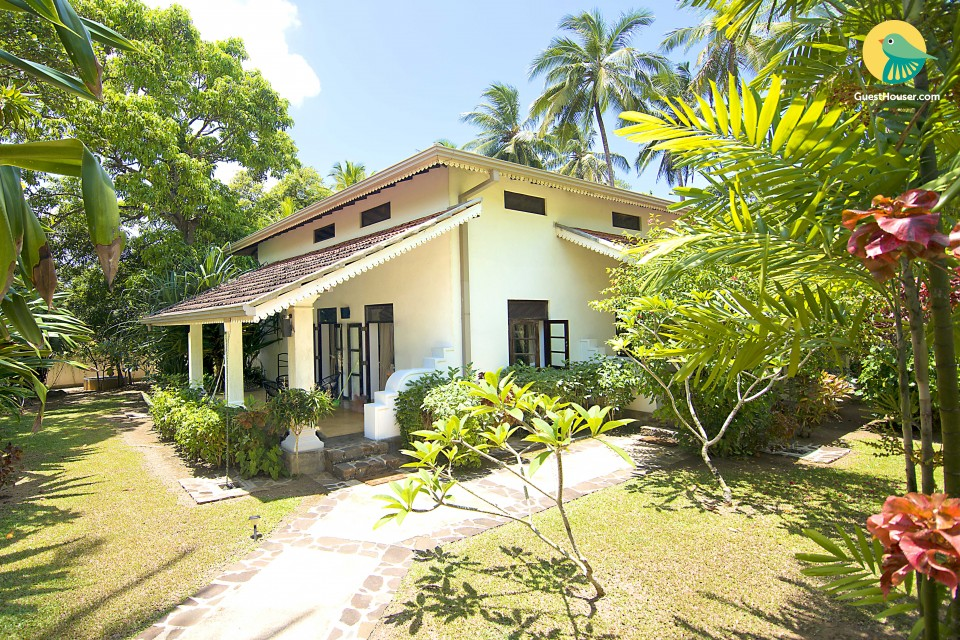 Spacious 3 bedroom garden house available to Stay