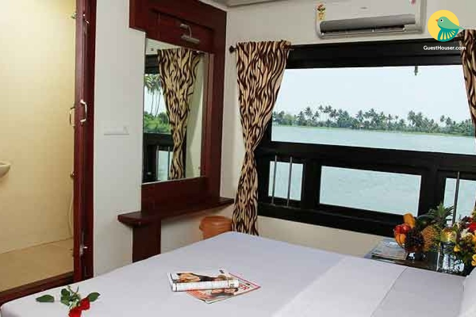 Large Modern Houseboat with Top Deck
