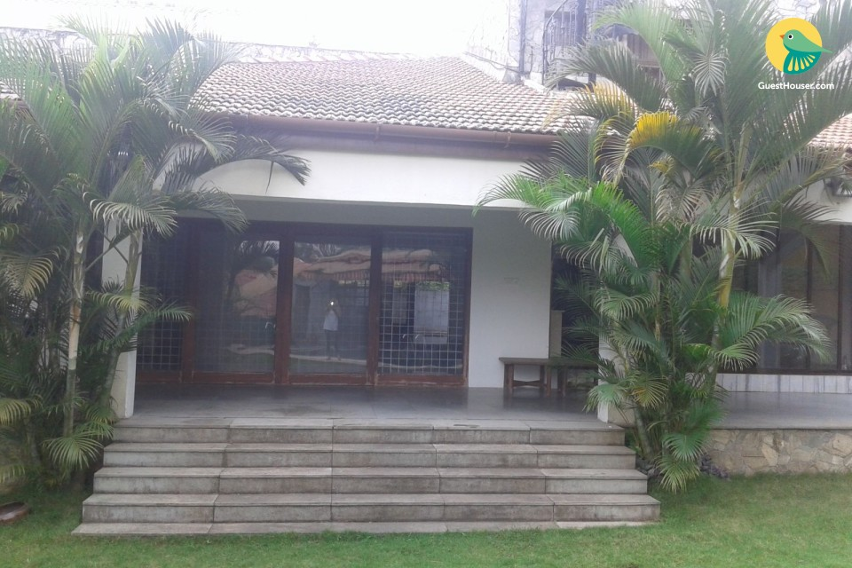 Entire Bungalow with Swimming Pool