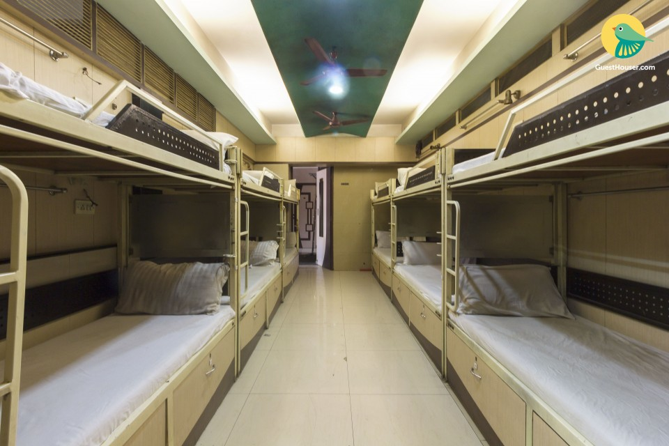 Mens dorm room, near Sanpada Railway Station