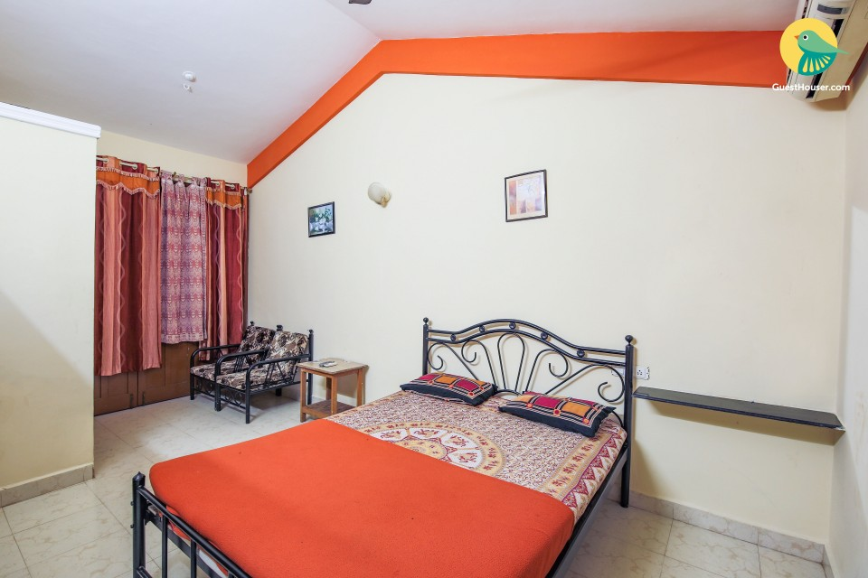 Simple room for 4, 1 km away from Baga beach
