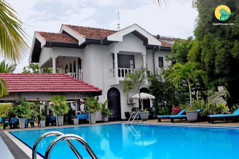 Luxurious 4 Bedroom Villa to Stay