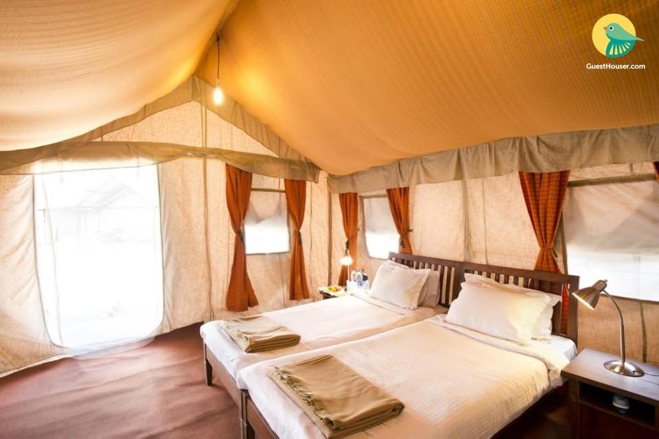 Camp in Kedarnath