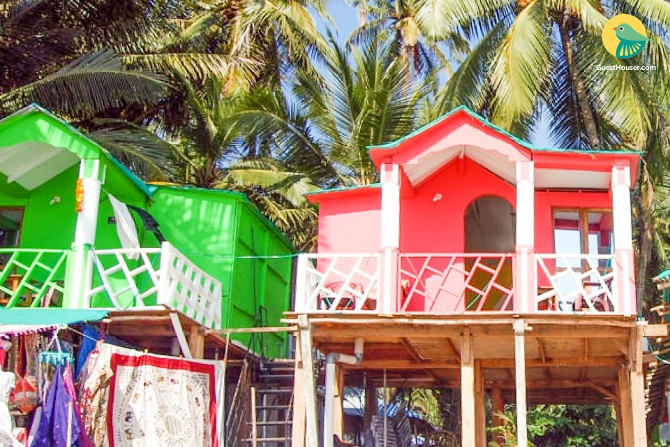 Beachfront cottage ideal for a couple on Palolem beach