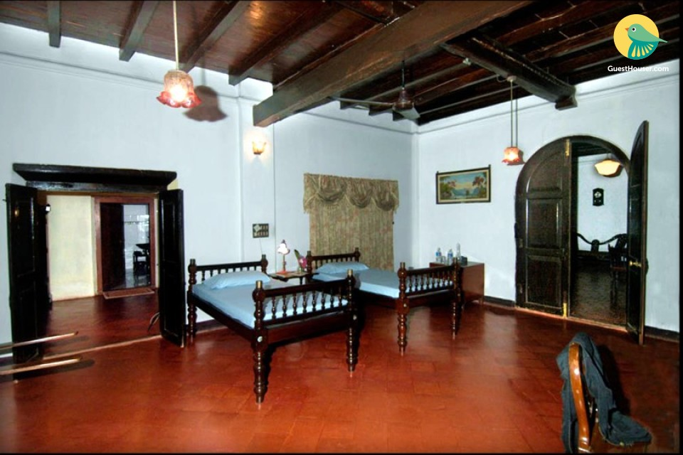 Spacious Room in Century-Old Homestay