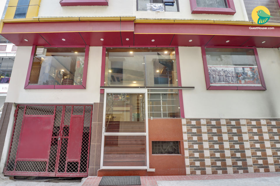 Peaceful stay for three in haridwar