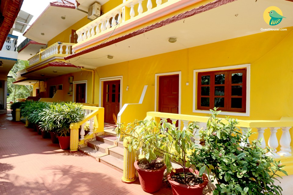 Elegantly-furnished single room accommodation, 1 km from Calangute beach
