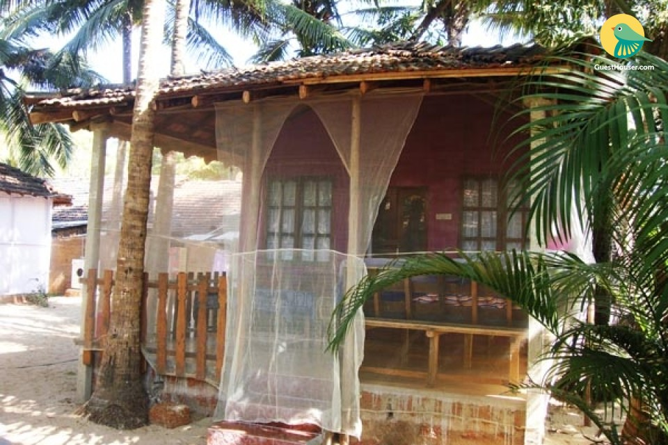 Charming hut for two, ideal for a romantic retreat