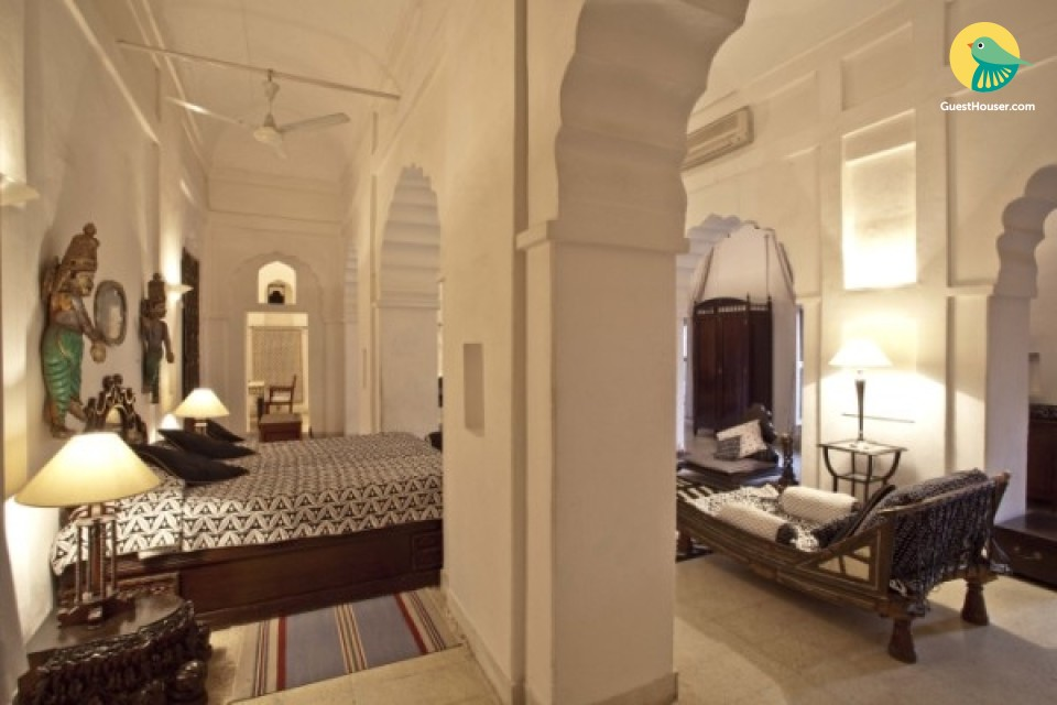 Private room in a heritage stay