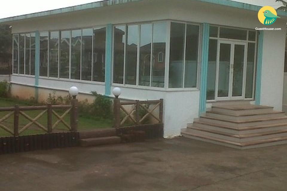Elegantly furnished 2 Bedroom villa