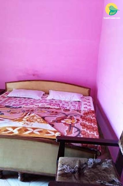 Budget Room near Lakshman Jhula