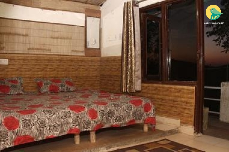 Stay in Non AC Cottage
