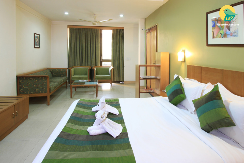 Luxurious rooms in South city, Guragaon