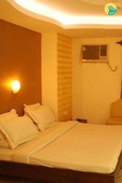 Stay in premium room in karol bagh