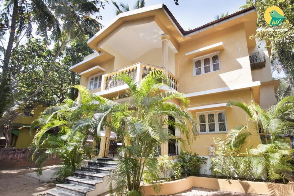 Capacious 2 BHK for backpackers, 2 km Calangute beach
