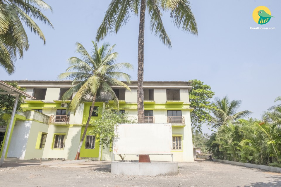 2-bedded abode in a quaint accommodation