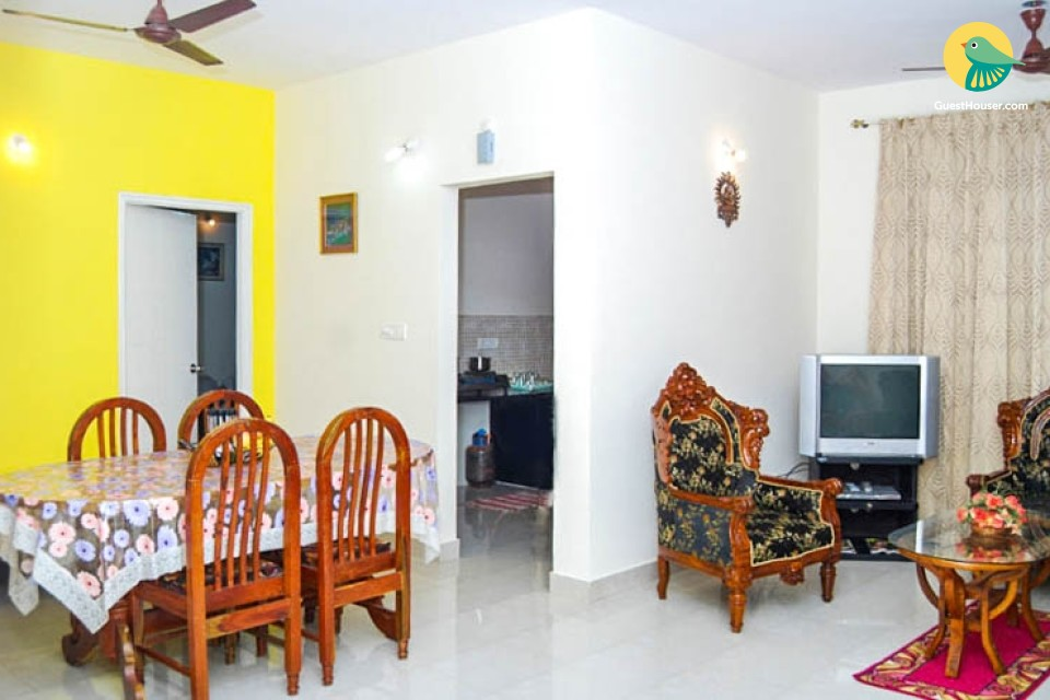 2-BR stay for 8