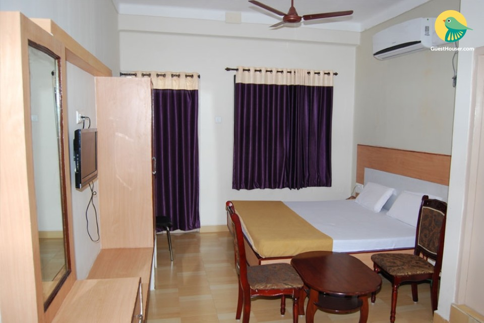 simple & spacious rooms to Stay