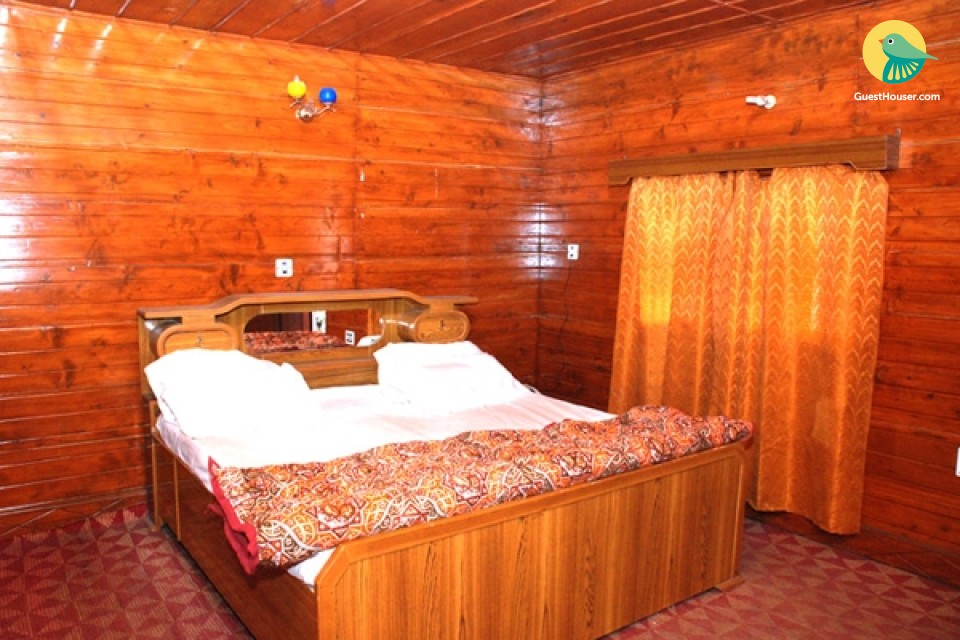 Peaceful stay in a cottage in midst of hills