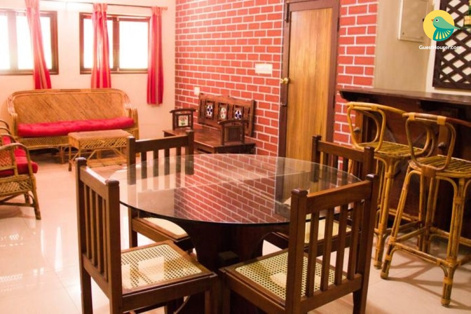 Homely 3 BHK for group stays