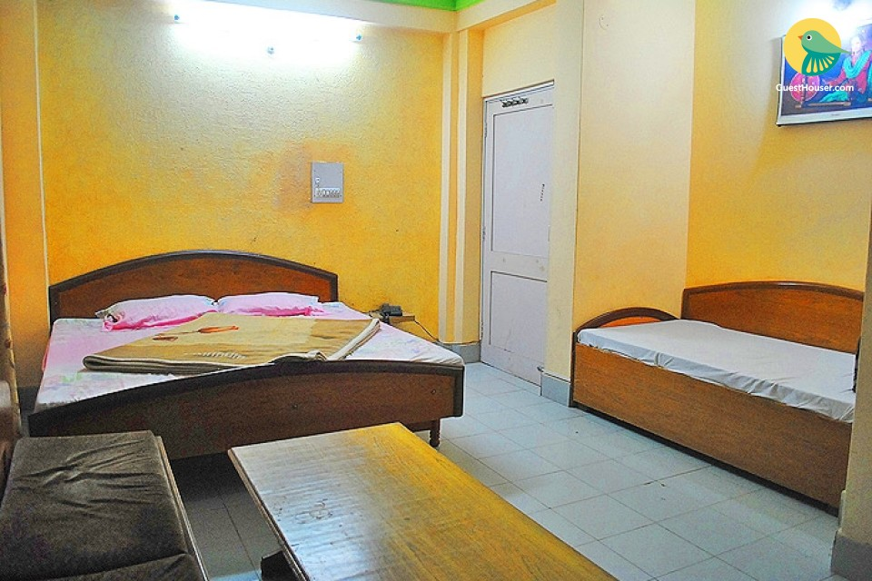 Spacious and comfortable room to stay