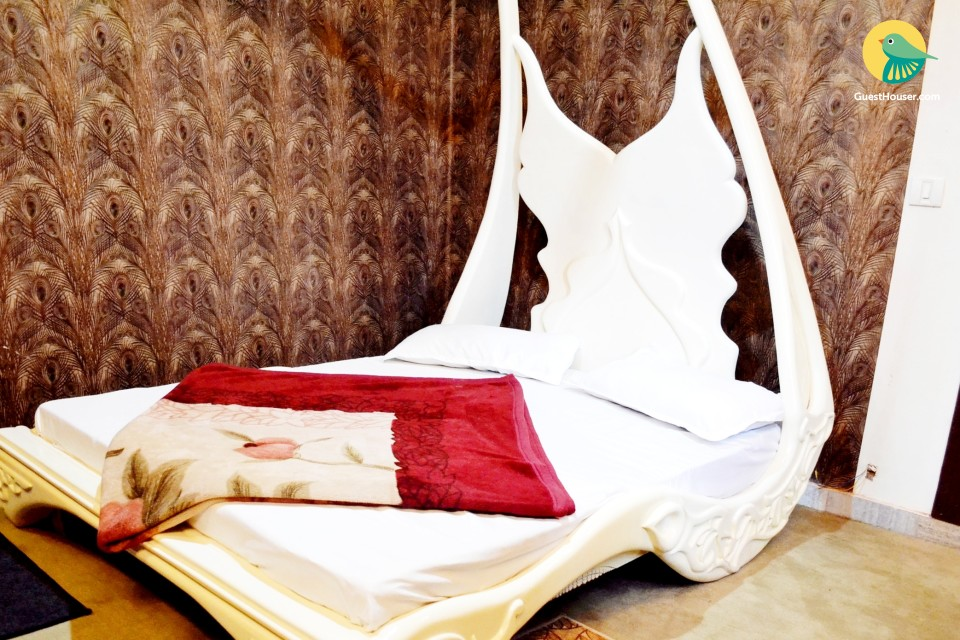 Luxurious room in reasonable price.