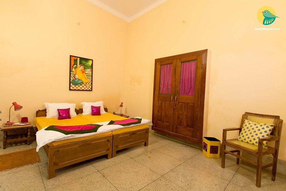 A well interior designed 6 bedroom Homestay