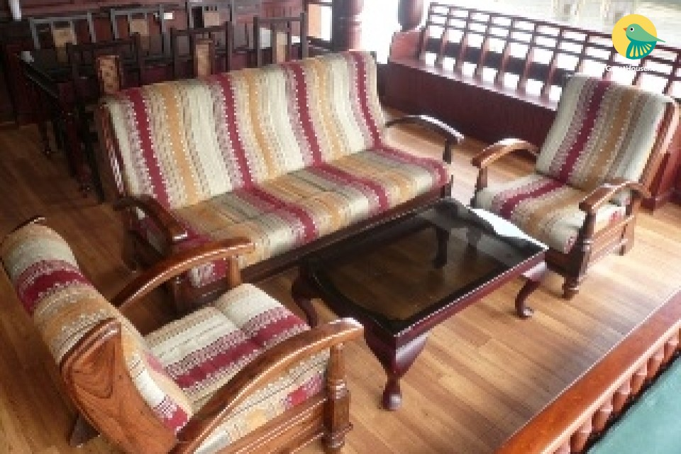 3-BR houseboat for 9