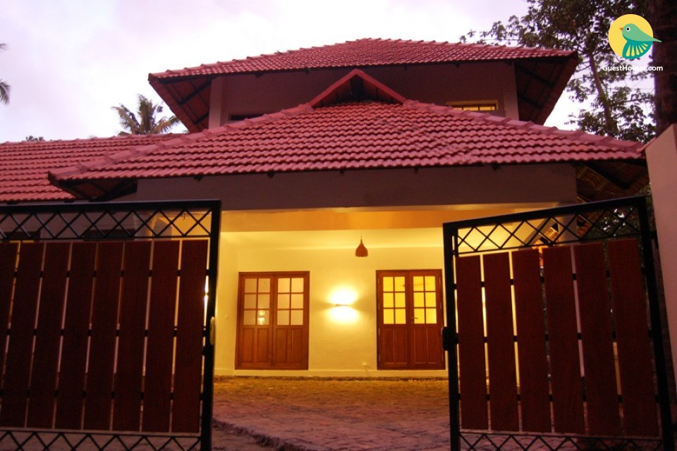Royal & homely stay in villa