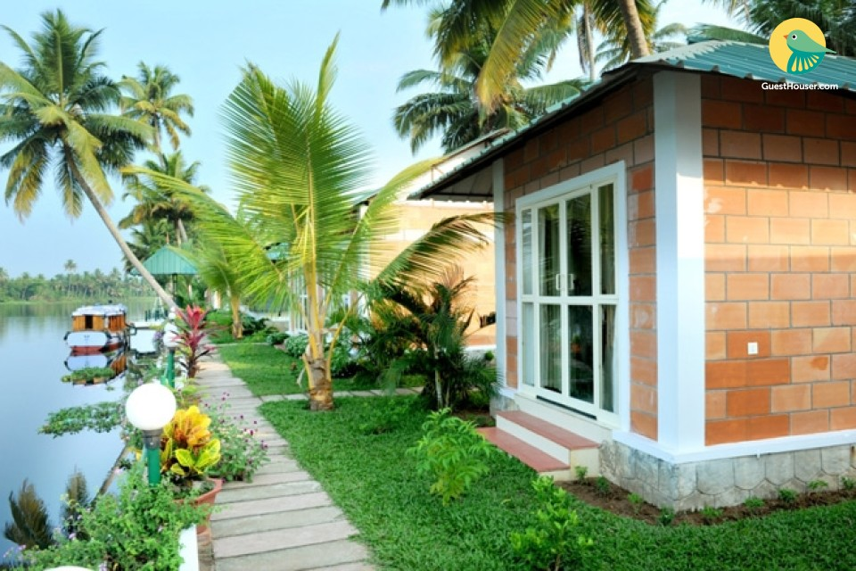 Eco-friendly abode for a romantic vacation