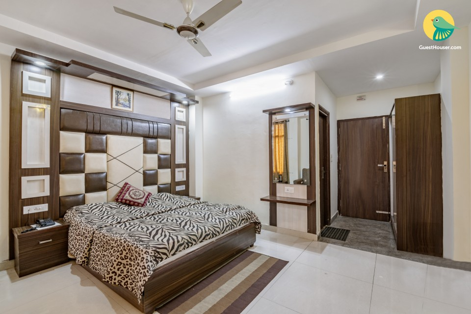 Comfy stay for those on a romantic getaway