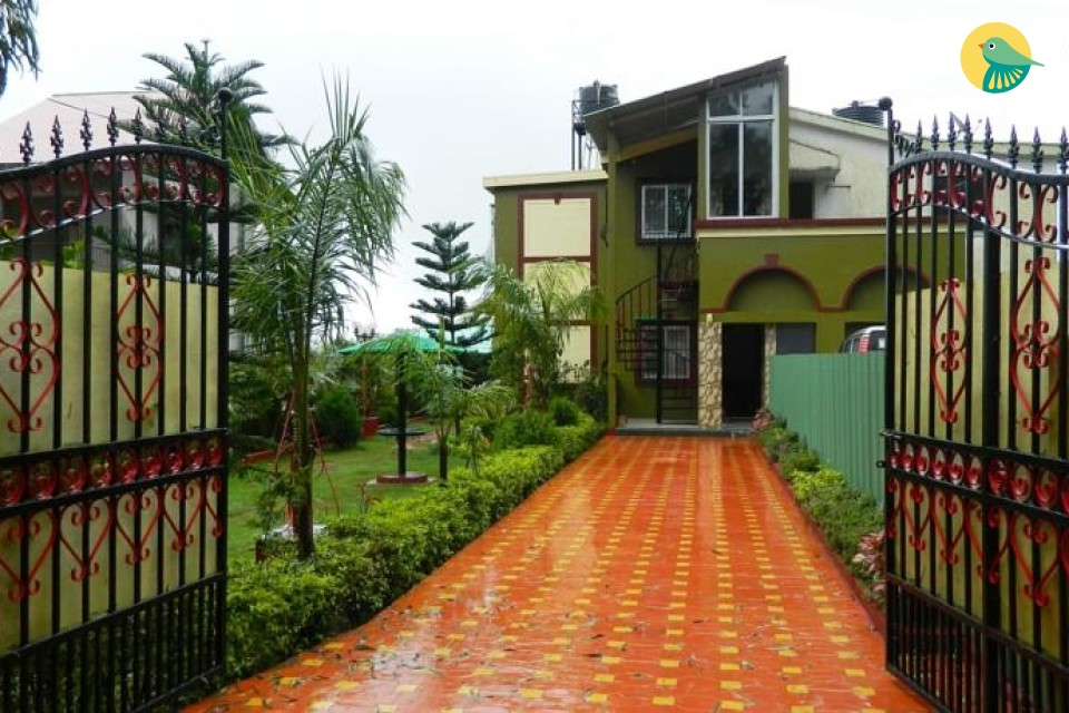 Well-furnished 4-BR homestay, ideal for a family