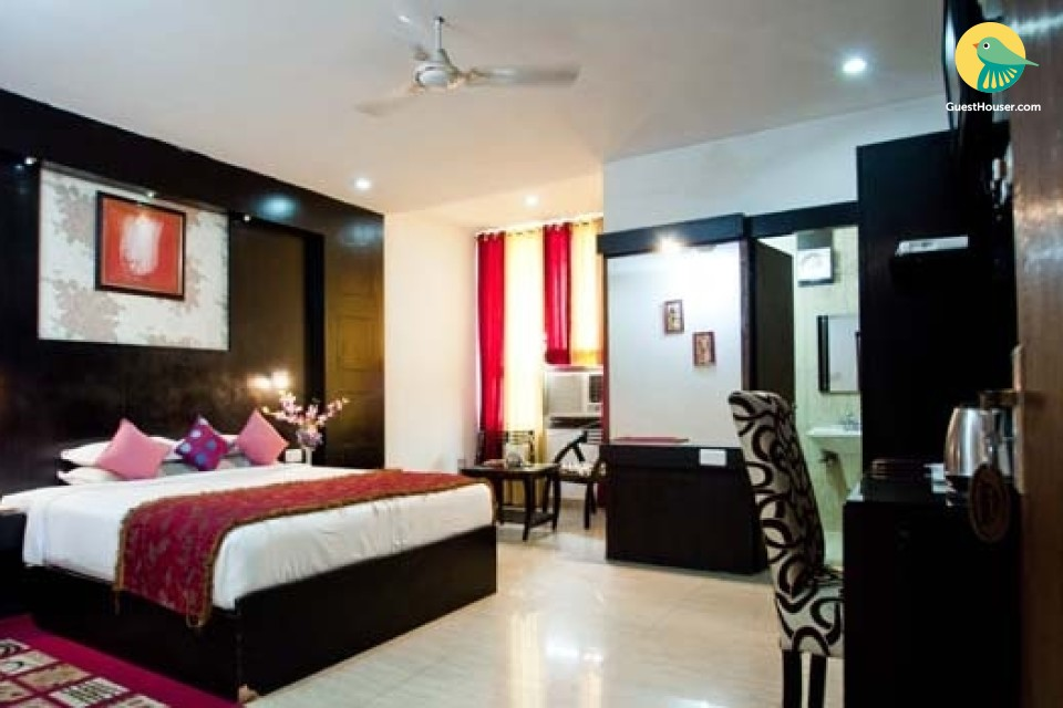 Comfortably stay in deluxe room