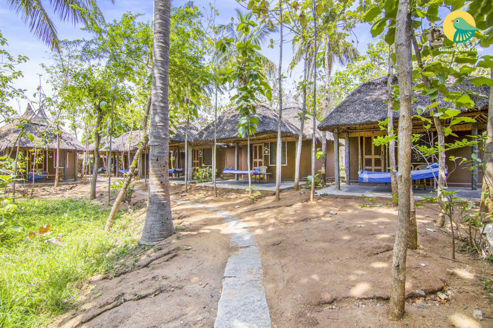 Serene retreat for three, ideal for backpackers