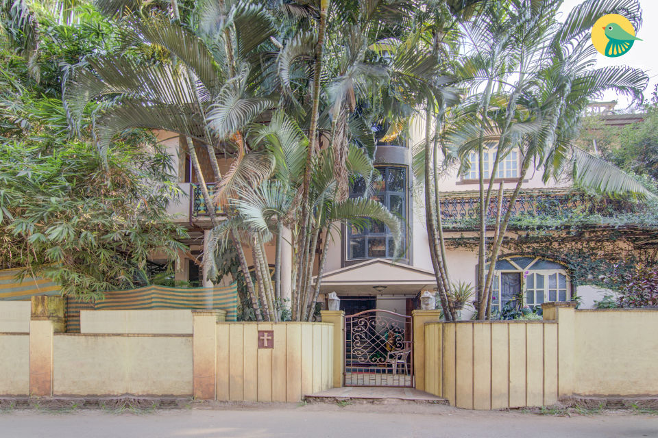 Well-furnished room, 1 km from Calangute Beach