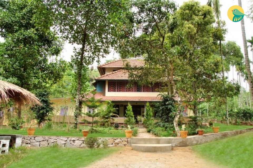 4-BHK homestay set amidst greenery, for a group getaway